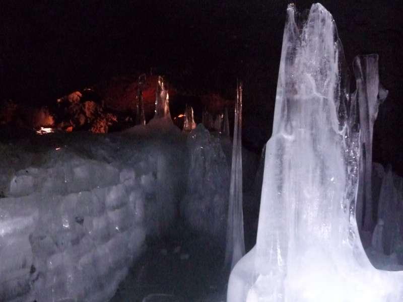 Inside Wind Cave (Fugaku Fuketsu), even in