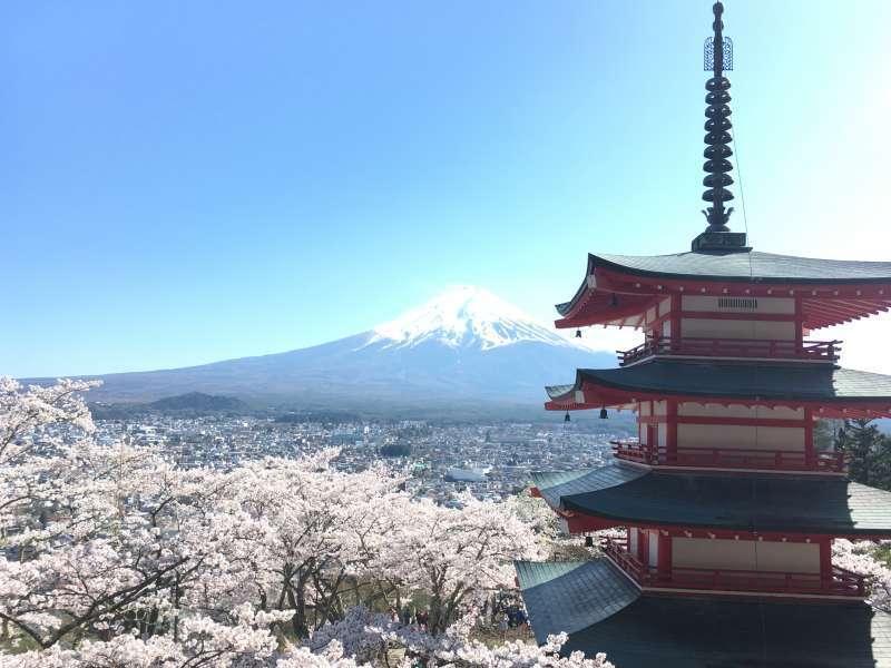 Vue du sanctuaire d'Arakura Sengen