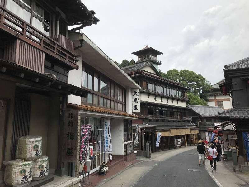Naritasan Omotesando Street