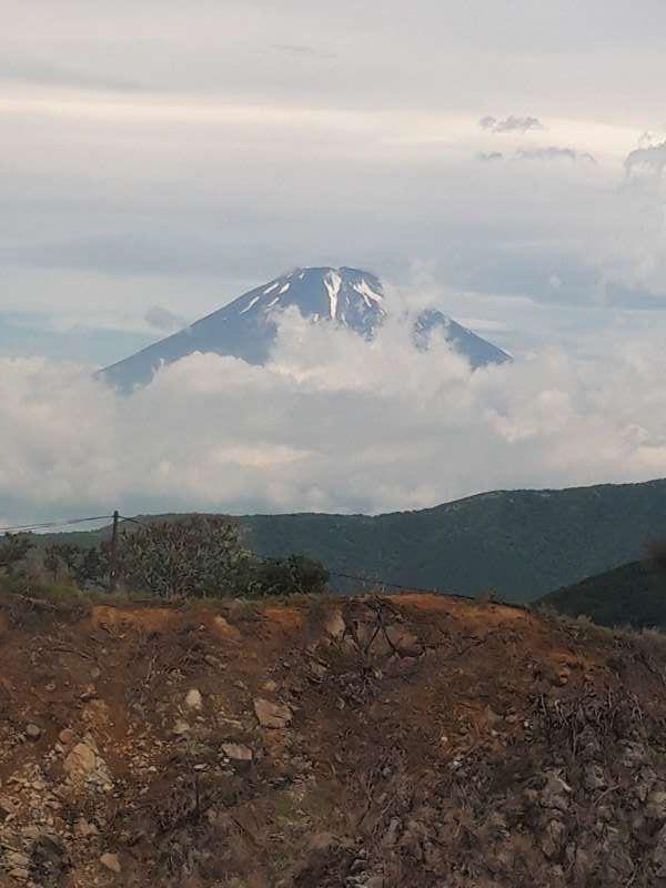 Mt Fuji view from the ropeway near Oowakudani.