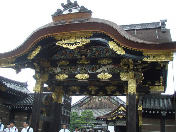 The gorgeous gate.  Once you enter the gate, you feel like a samurai.