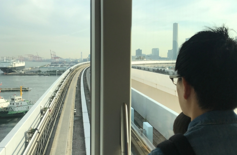 Excellent view of the futuristic Odaiba from the front seats of the self-driving train (C5)