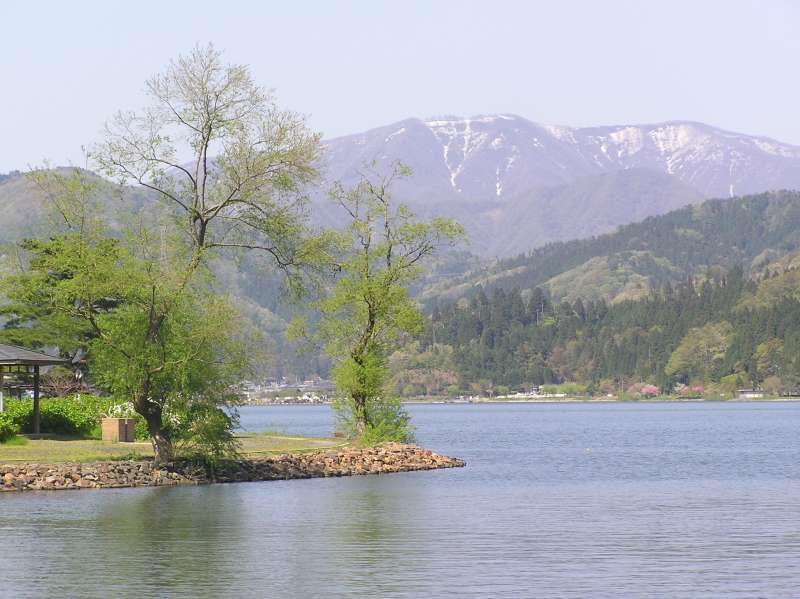 [May] Lake Yogo in Idyllic Spring Day