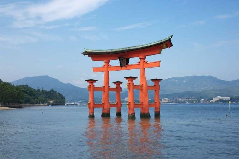 The gate (Torii) for Itsukushima shrine