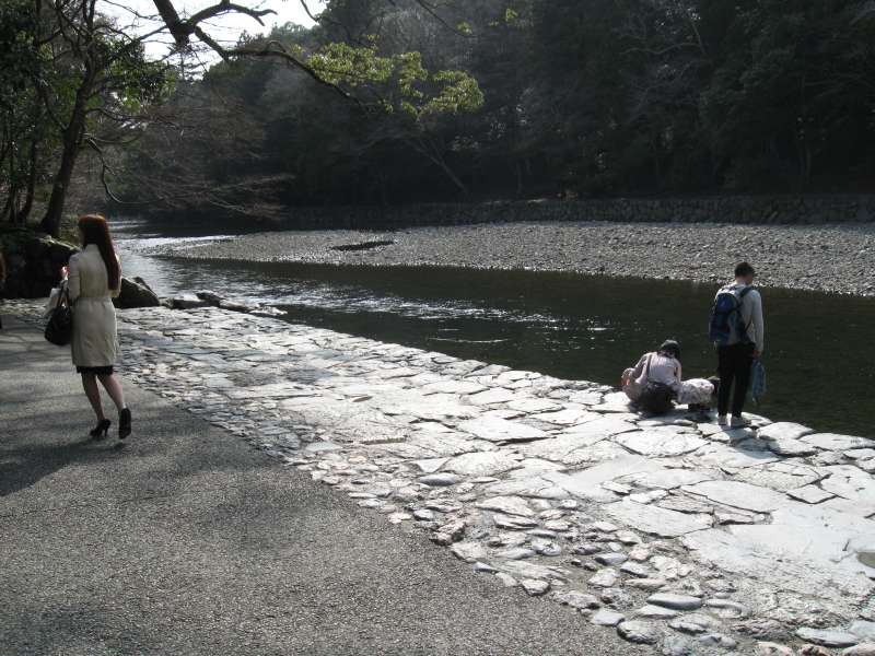 The bank of Isuzu River in the precinct of Naiku as purifying place.