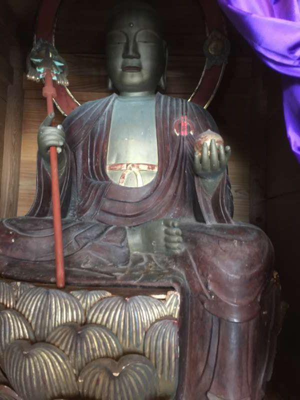 [Mar.] Statue of the Deity of Mercy at Koyasu Temple Hall (1 of 2)
