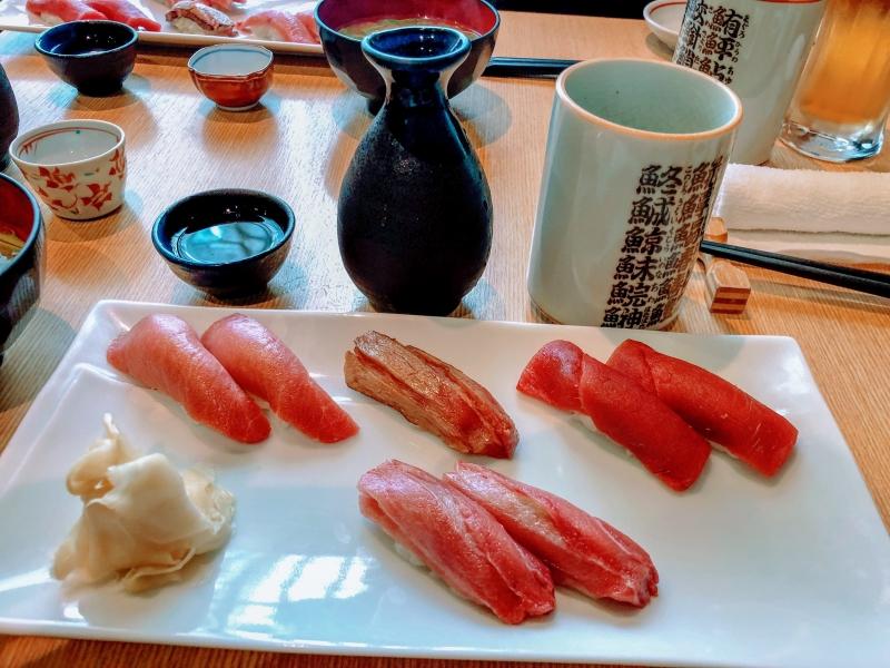 Sushi At Tsukiji Fish Market For Breakfast!