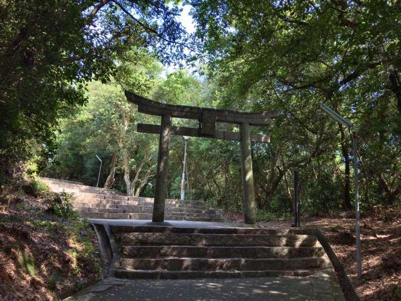 A torii gate of Hachiman Shrine, in Houmura area