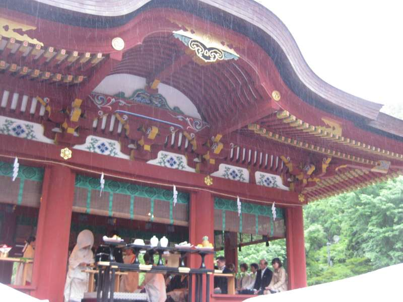 Tsurugaoka  Hachimangu  Shrine is the biggest shrine in Kamakura.