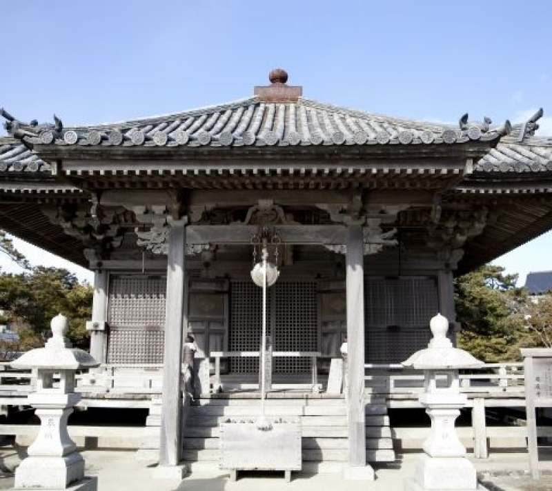 Godaido Hall, a national important cultural asset.
