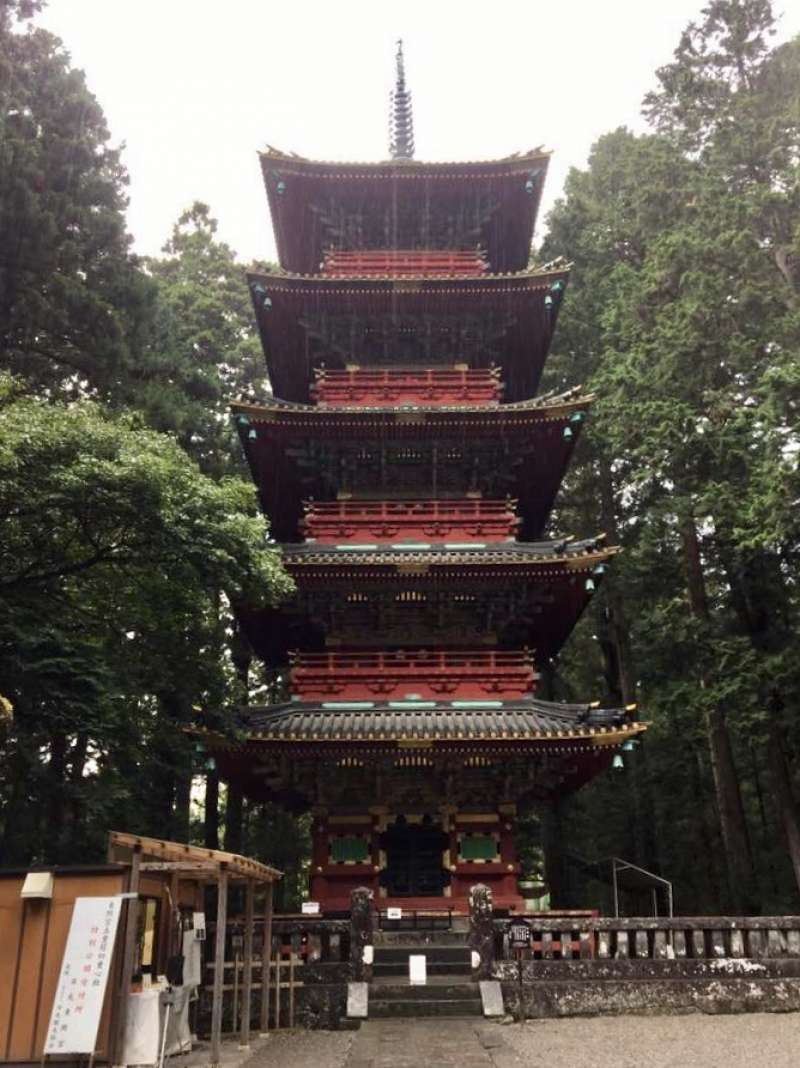 Five-storied pagoda that enshrines Buddha's ash