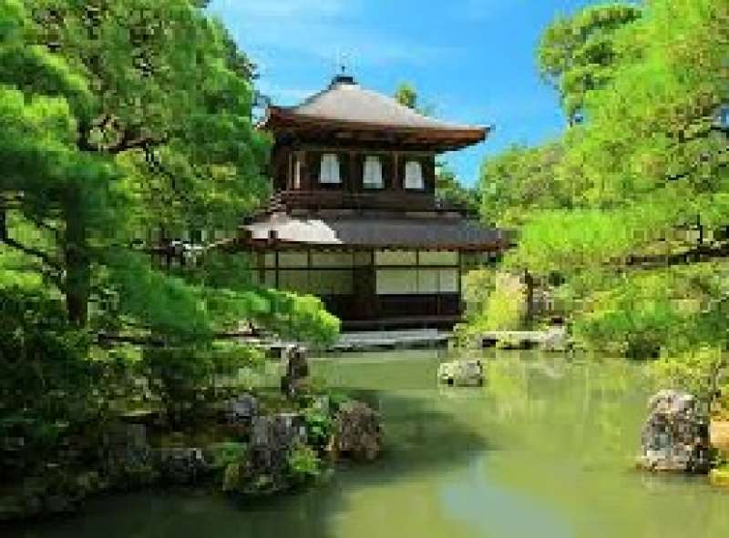 This construction was build by Shogun Yoshimasa to spent his secluded life. He loved arts and entertainments. Here, you can find beginning of Japanese beauty.