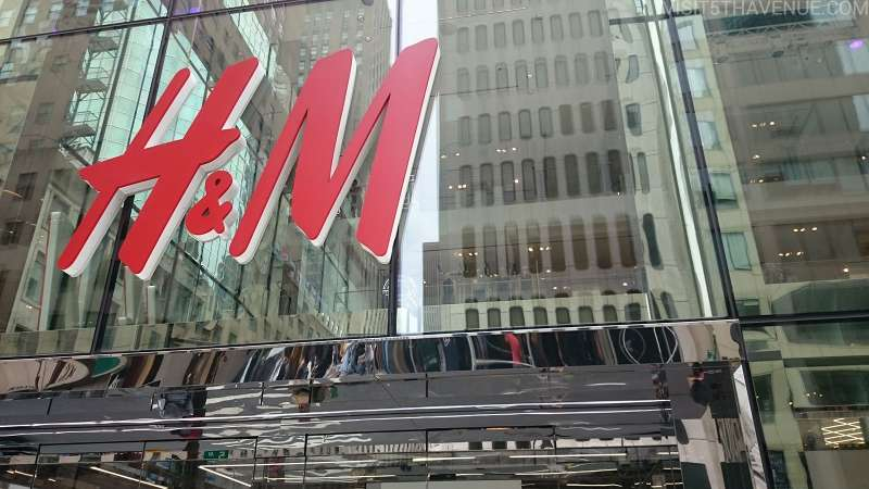 H&M is a Swedish brand which covers ftom infant to adult. It often releases DISNEY-printed items at reasonable prices.
