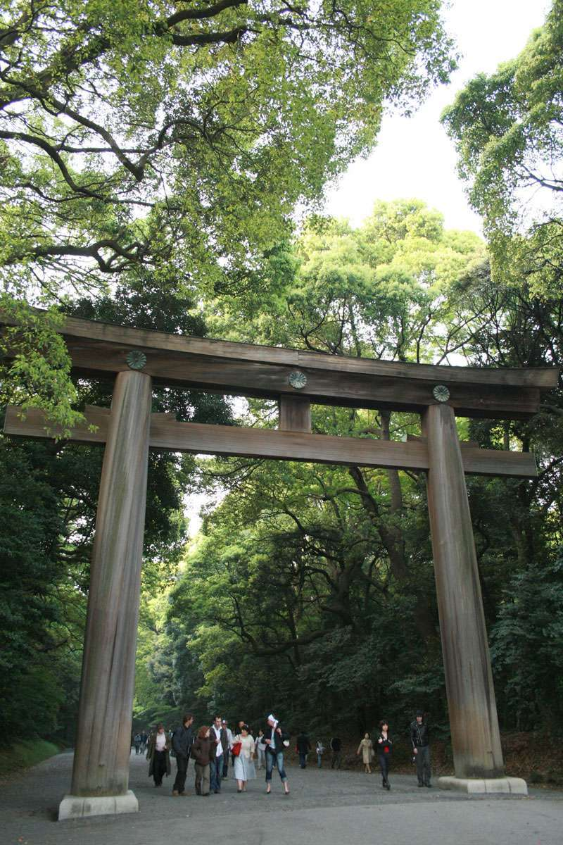 TORIYI gate(the boundary between sanctuary and ordinary)