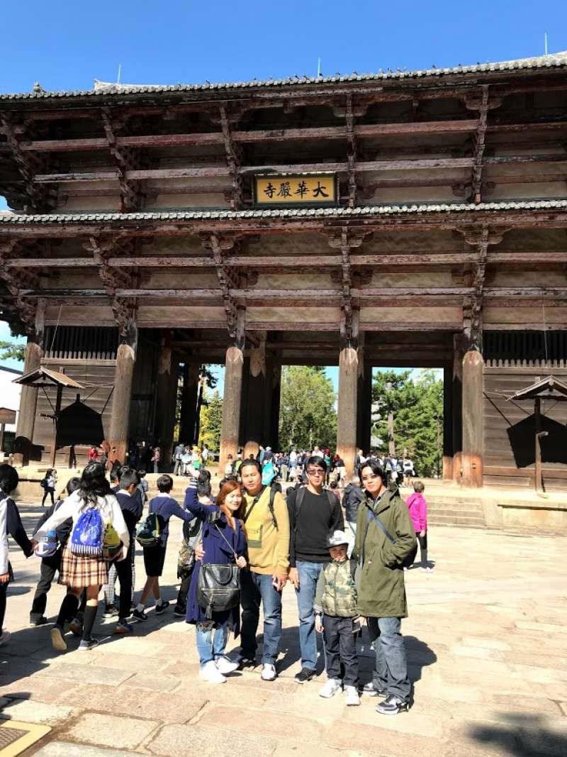 This entrance, called Nandaimon, leads to Daibutsude, housing great Buddha statue.  This large wooden gate is said to be rebuilt 13th century as a largest entrance gate of temples in Japan.