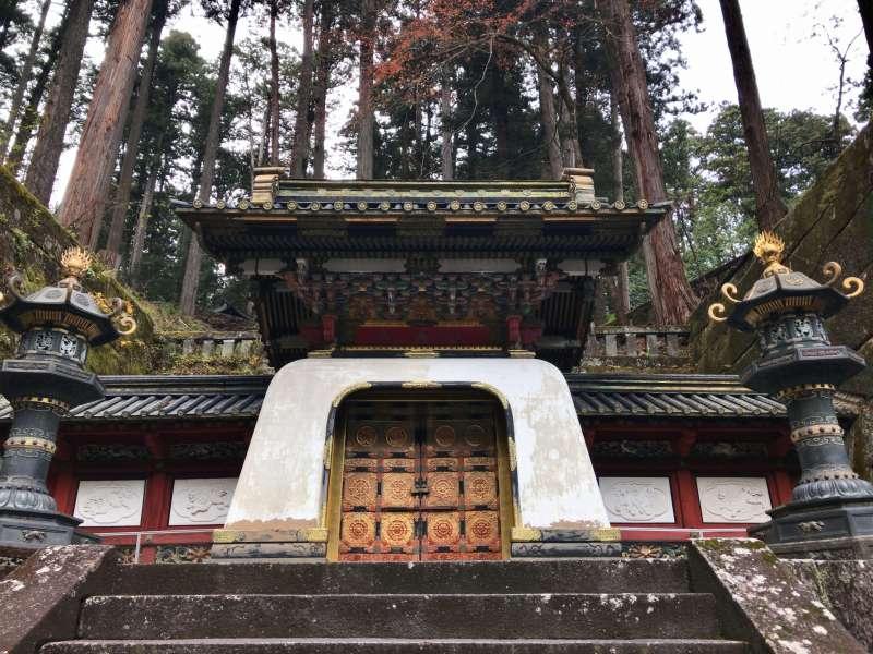 Kohka-mon Gate, the entrance of a Shogun's grave in Taiyu-in Mausoleum.