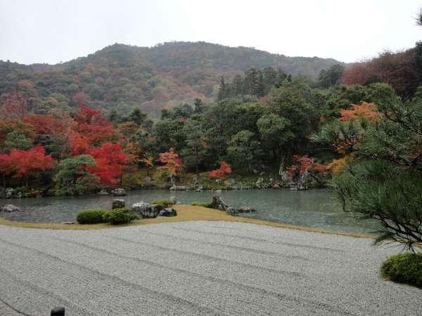 the first stroll-type garden