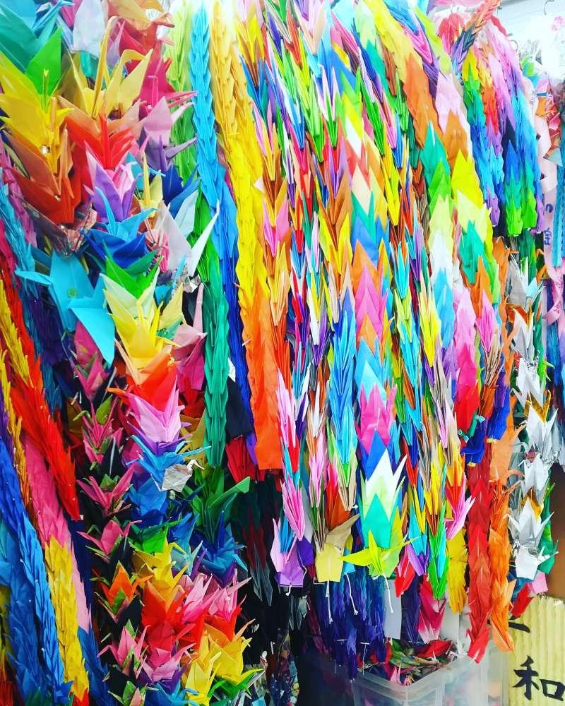 SENBA-ZURU, thousand papercraft crane for permanent peace