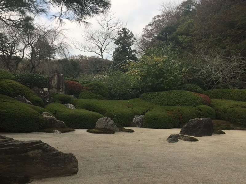 Small Japanese style garden at Meigetsuin Temple.