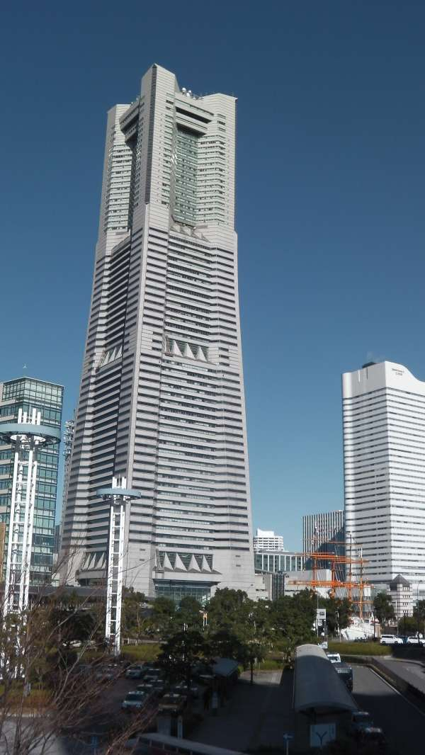 Landmark Tower, you can enjoy the 360 degree view of Yokohama from the top observatory at 273m high.