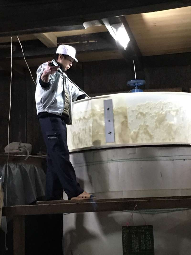 In the time of their sake production(during winter), you can even go inside of sake breweries.