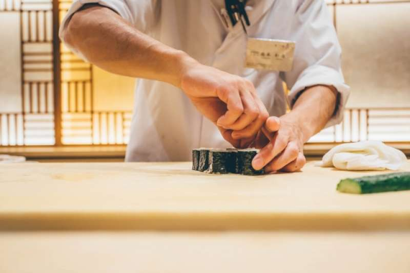 Sushi cooking experience