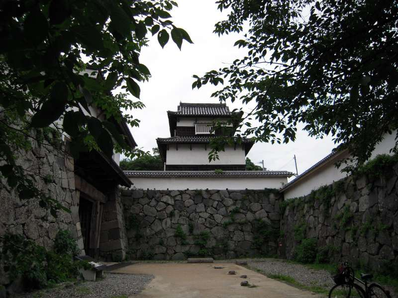 Visit Fukuoka castle ruin near Ohori park.