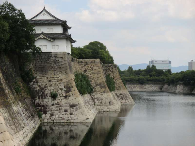 East Outer Moat of Osaka-jo Castle