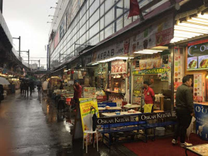 Ameyoko street: International atomosphere such as Korean, Chinese and Turky stand