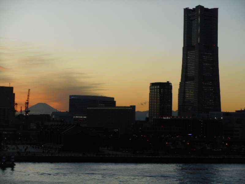Twilight view from Oosanbashi Pier