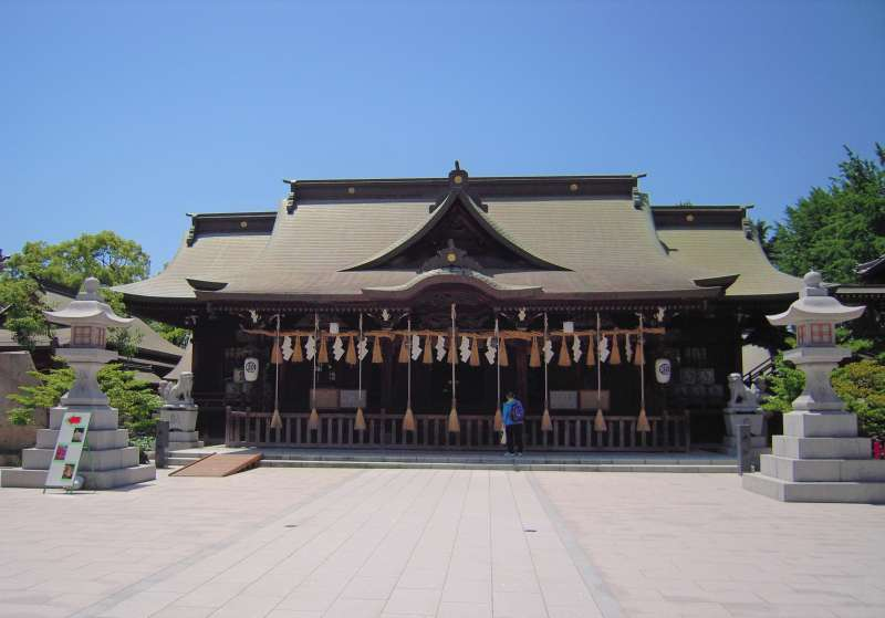 Yasaka shrine is located just next to the castle
