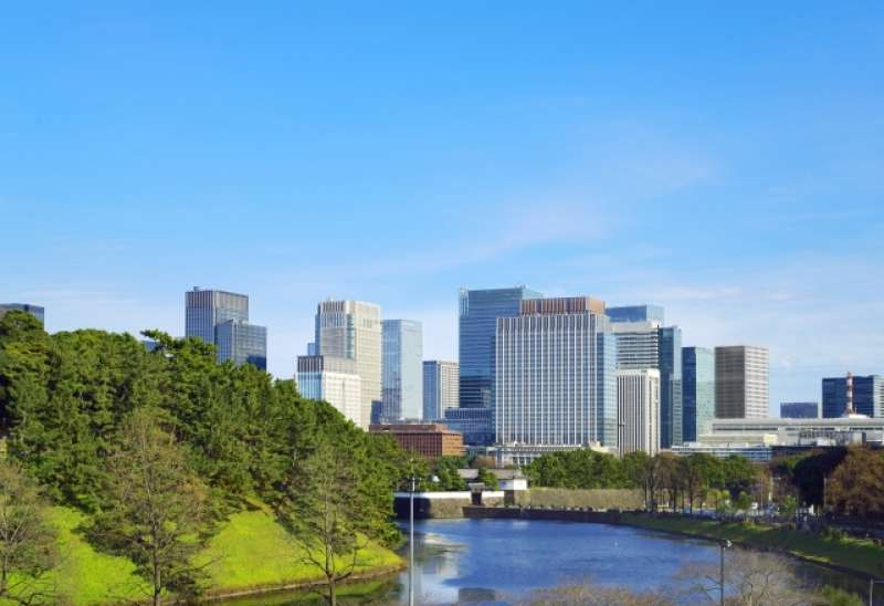 Tokyo Imperial Palace has the rich natural environment such as an inner moat.