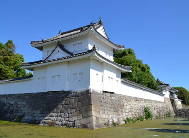 This is a southeast tower of Nijo castle.  It is the original.