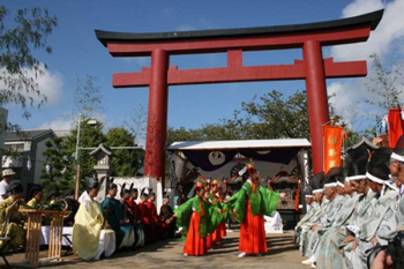 Torii gate of Tsurugaoka-hachimangu