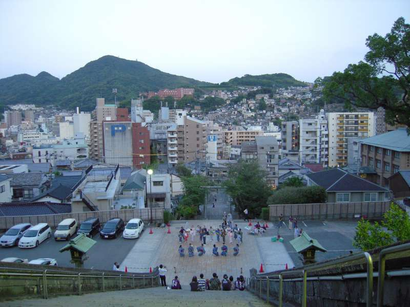 After climbing up you'll get to see this beautiful view from Suwa shrine.
