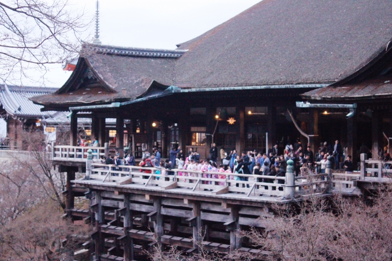 Big wide wooden stage of Kiyomizu temple. Do not JUMP