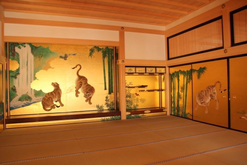 Nagoya Castle Honmaru Palace, reconstraction finished in June 2018. Attention! From May 7, 2018, the Main Castle Tower of Nagoya Castle is closed for wooden reconstruction.