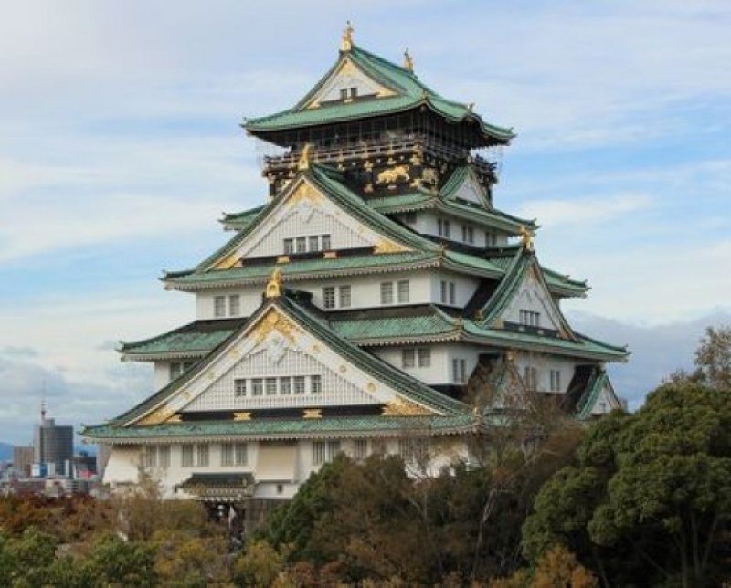 Osaka Castle initially built by Toyotomi Hideyoshi, the first ruler of Japan, in 1583 (rebuilt in 1931)