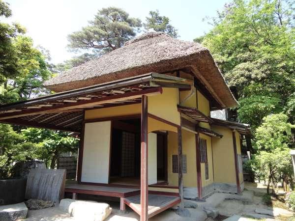 Yugaotei teahouse in Kenrokuen