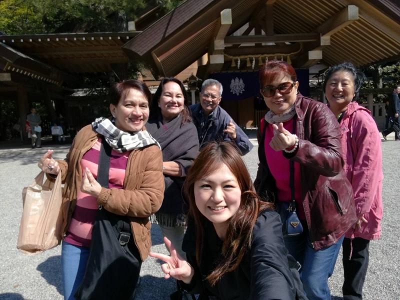 Visiting Atsuta Jingu Shrine with my guests!