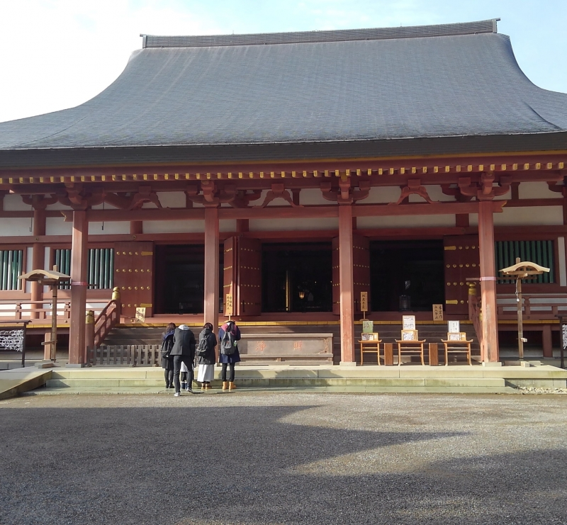 The main hall of Motsuji Temple. This is the reconstruction of about 30 years ago.