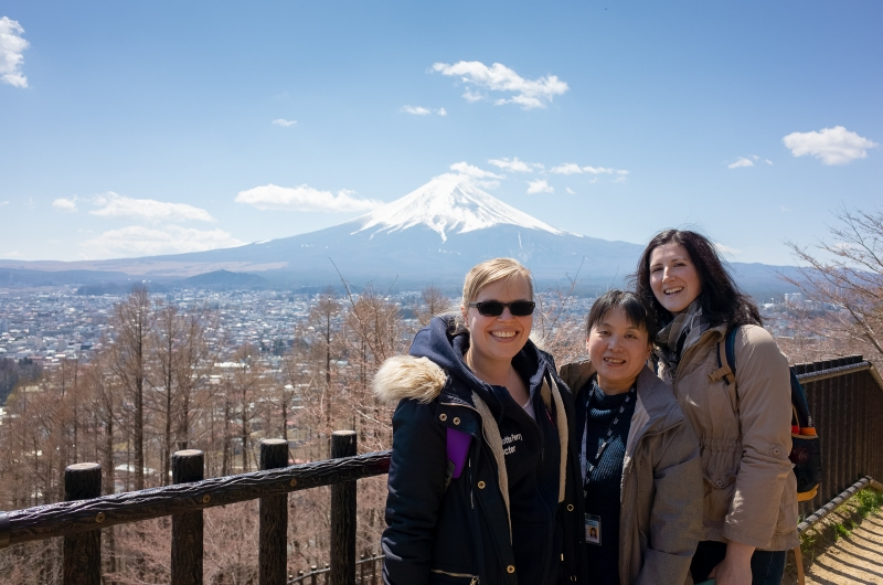 When Mt.Fuji appears, everyone smiles!