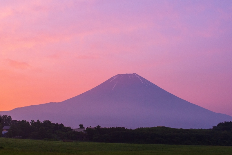 Sunrise and Sunset make the most impressive moment on Mt.Fuji.