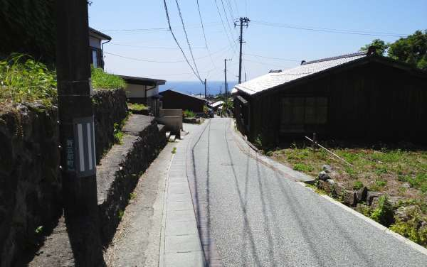Kyomachi-dori street, linking Sado Magistrate Office to mining sites