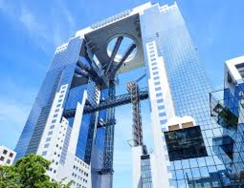 173m of Sky building at Umeda is one of the 20 top buildings in the world. Please enjoy 360 panoramic view from the top, no obstacles at all to see all Osaka!