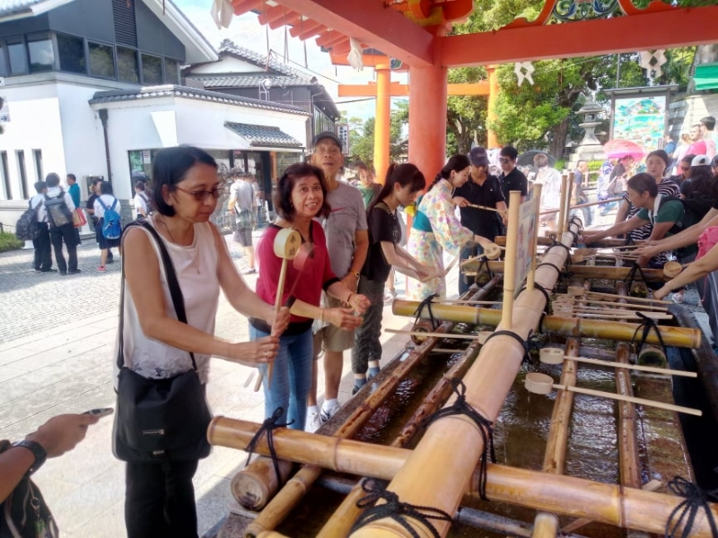 Fushimi Inari shrine / purification water