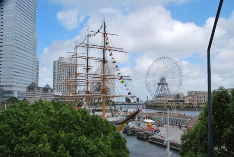Former Training Sailboat, Nihonmaru and Architectures in Waterfront Area
