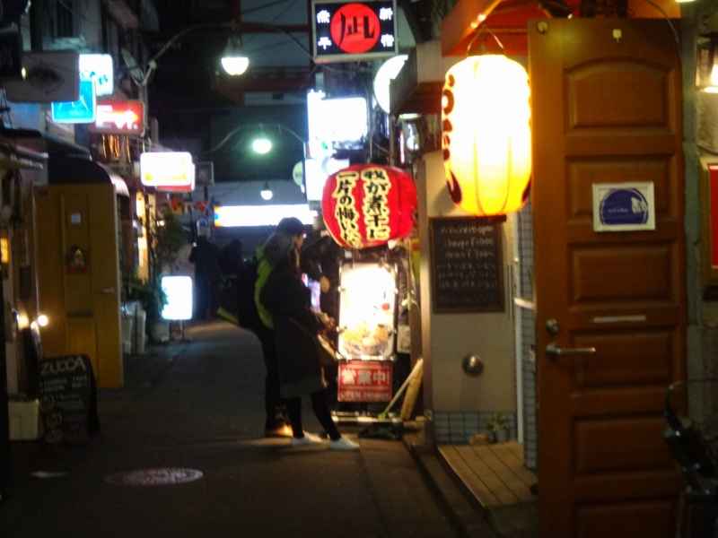 On both side of this Golden-gai street, there are many small but all unique places waiting for people who need some rest for the body and the heart.