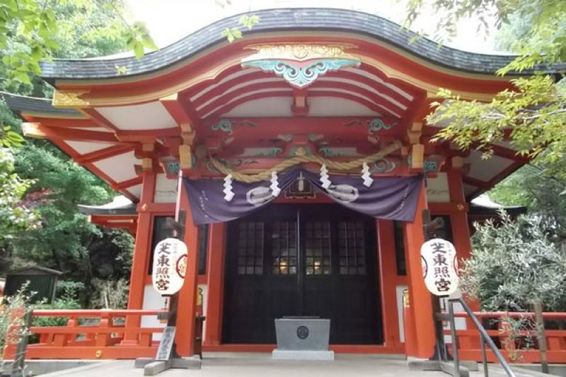 Shiba-Toshogu Shrine dedicated to the first Shogunate of the Edo era