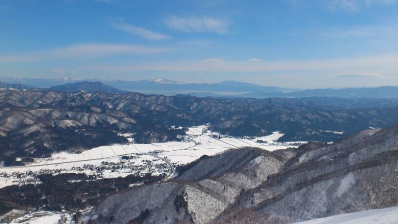Ski/SnowBoard Group Tour (Semi Private) with driver